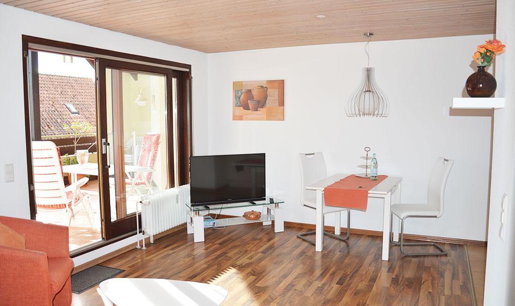 Hotel-Engel-Ferienwohnung-carolin-wohnzimmer.jpg